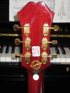 Epiphone Riviera P-93 Headstock Tuners