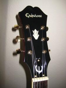 Epiphone Riviera P-93 Headstock